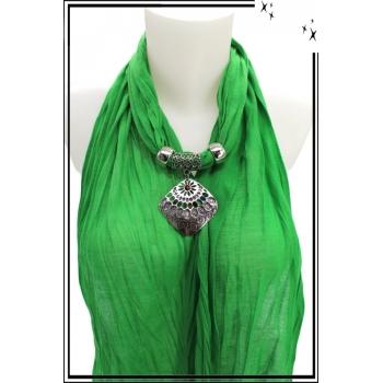Foulard-bijoux - Vert - Losange ajouré - Pierre rouge