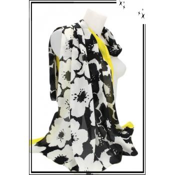 Foulard - Touche de soie - Fleurs - Bordure jaune