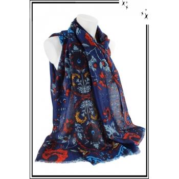 Foulard - Motif floral et touche de couleur - Bleu marine