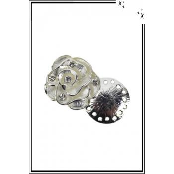 Broche aimantée - Rose et strass - Blanc